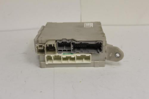 2007-2009 LEXUS LS460 LEFT SIDE FUSE BOX RELAY MODULE 82730-50150