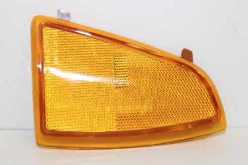 1994-1997 Chevy Blazer Right Side Turn Signal Indicator Marker Light