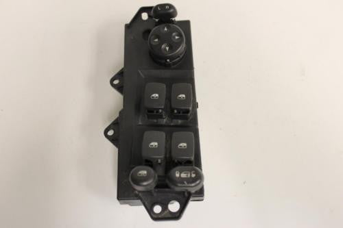 2004-2006 Chrysler Pacifica  Driver Side Power Window Switch 04685980Ae