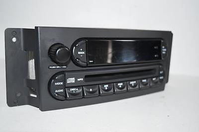 2004-2008 CHRYSLER PACIFICA RADIO STEREO MP3 CD PLAYER P05094564AC
