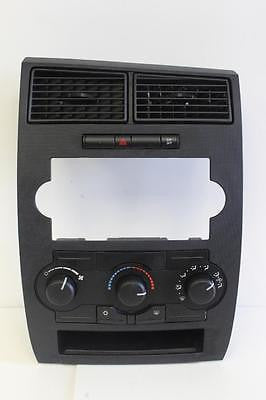 2006-2007 DODGE CHARGER A/C HEATER TEMPERATURE CLIMATE CONTROL P55111870AJ