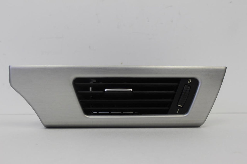 2007-2010 Bmw 335I Front Driver Side Dash Air Vent