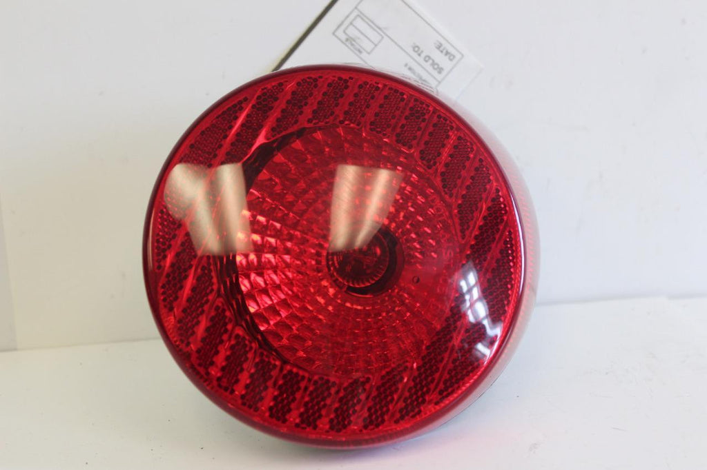 2005-2006 CHEVY COBALT DRIVER SIDE REAR TAIL LIGHT 15797855