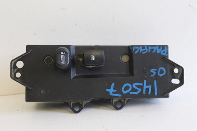 2004-2008 CHRYSLER PACIFICA PASSENGER SIDE WINDOW SWITCH 04685982AF