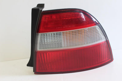 1994-1996 HONDA ACCORD PASSENGER SIDE REAR TAIL LIGHT