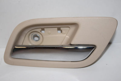 2007-2014 CHEVY TAHOE SUBURBAN ESCALADE PASSENGER SIDE INTERIOR DOOR HANDLE