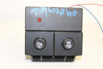1999-2006 CHVEY GMC SILVERADO TRACTION SWITCH