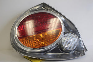 2002-2003 NISSAN MAXIMA DRIVER SIDE REAR TAIL LIGHT