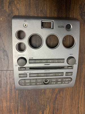 05-07 INFINITI QX56 Center Dash Radio Control Only Aux Cd Player 27500-ZC10A Without Climate Control