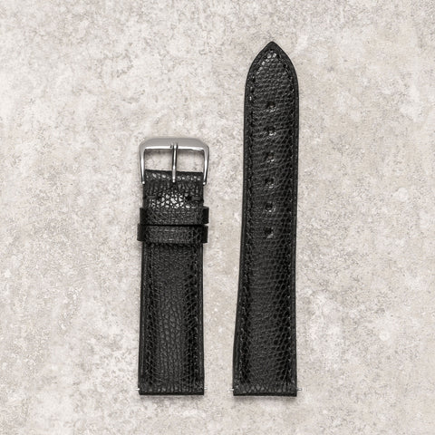 Remarquable textured black watch strap