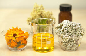 ESSENTIAL OILS FOR A HEALTHY AND HAPPY HOME