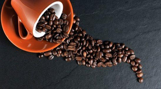 TOP 3 REASONS WHY COFFEE MAKES MY SKIN FLAWLESS