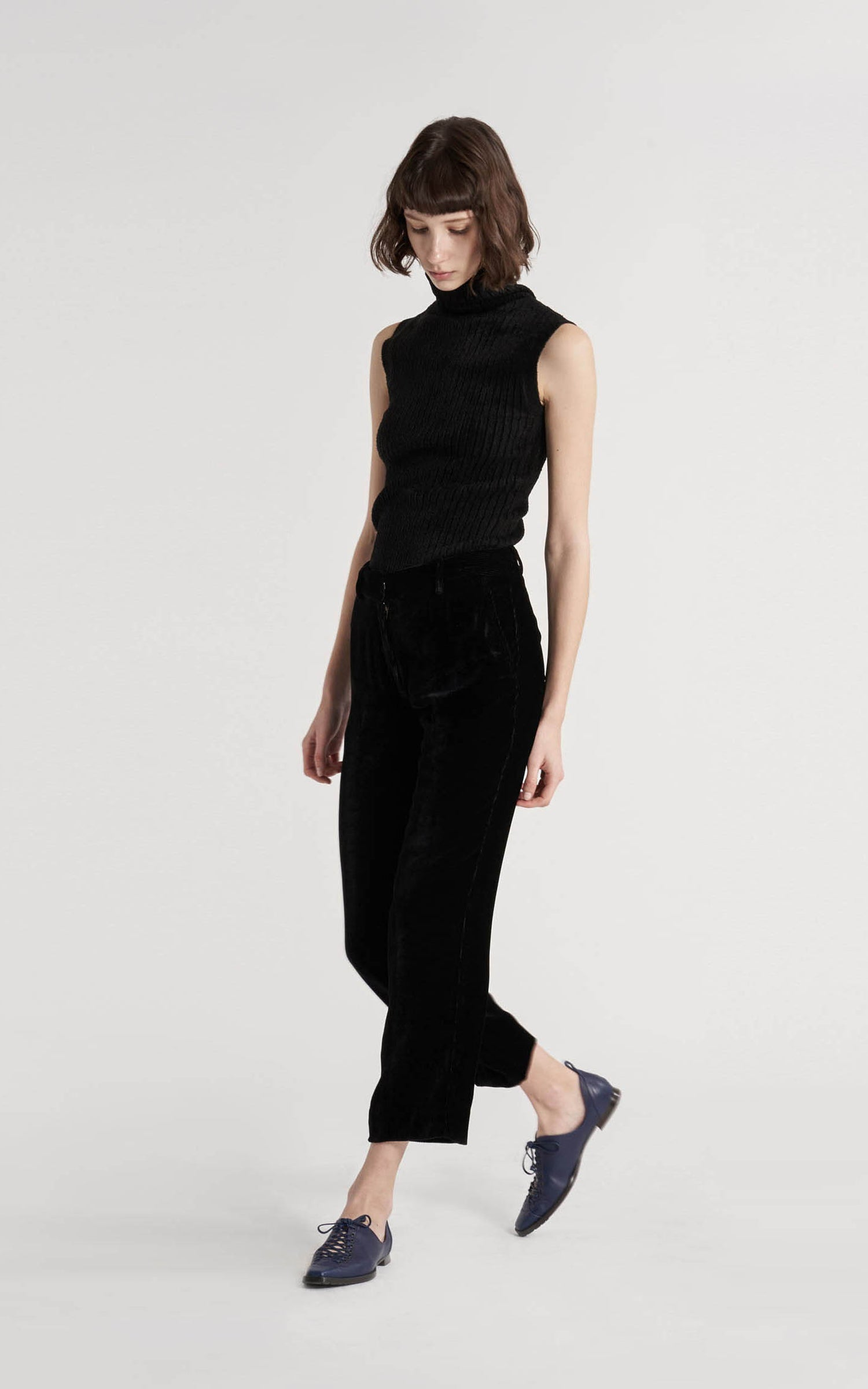 Willa Fluid Corduroy Cropped Pant