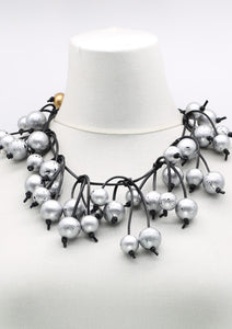 silver bead necklace by jianhui