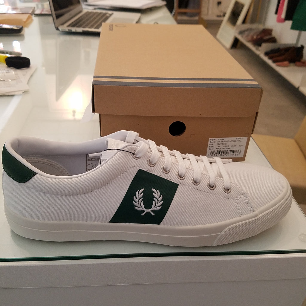 Fred Perry Underspin Plastisol