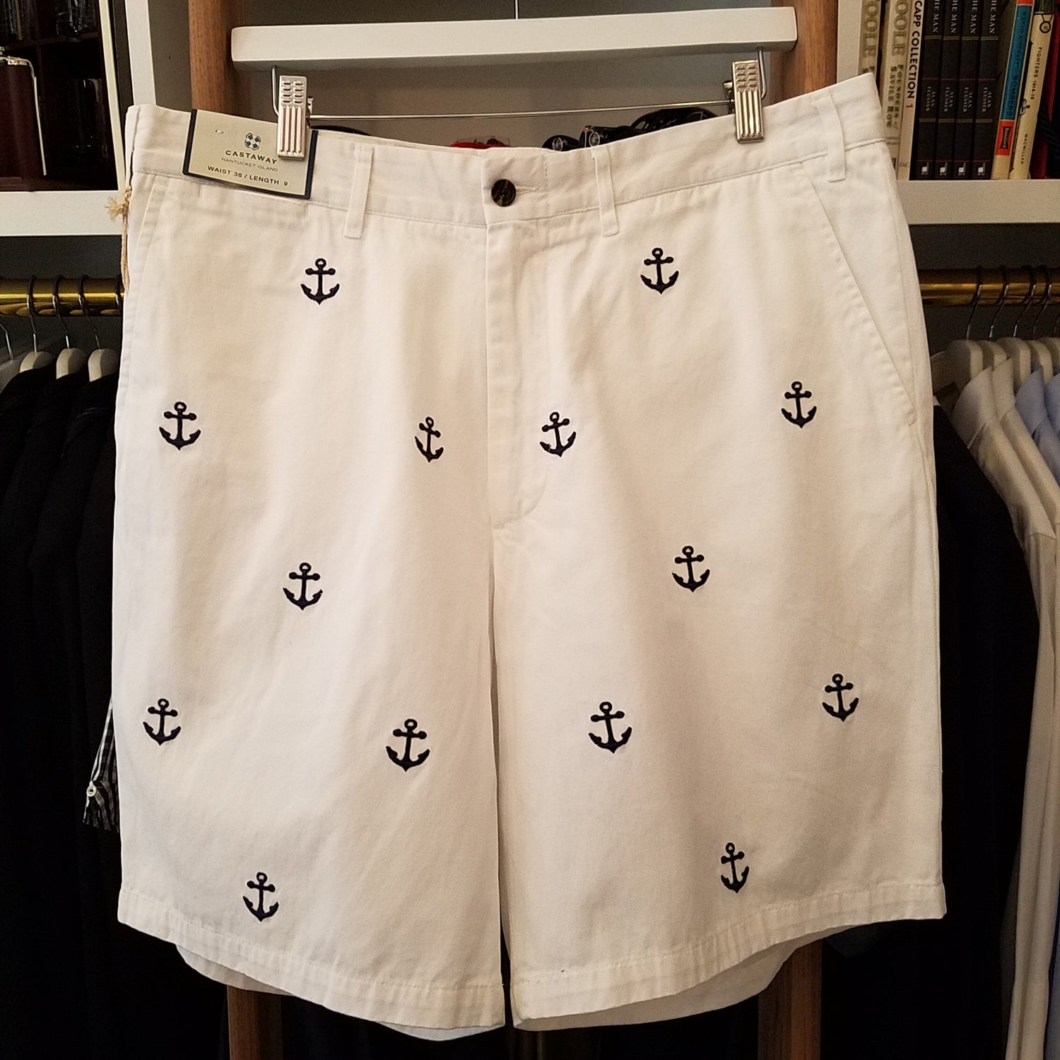 Castaway Cisco White w/Navy Anchor Shorts