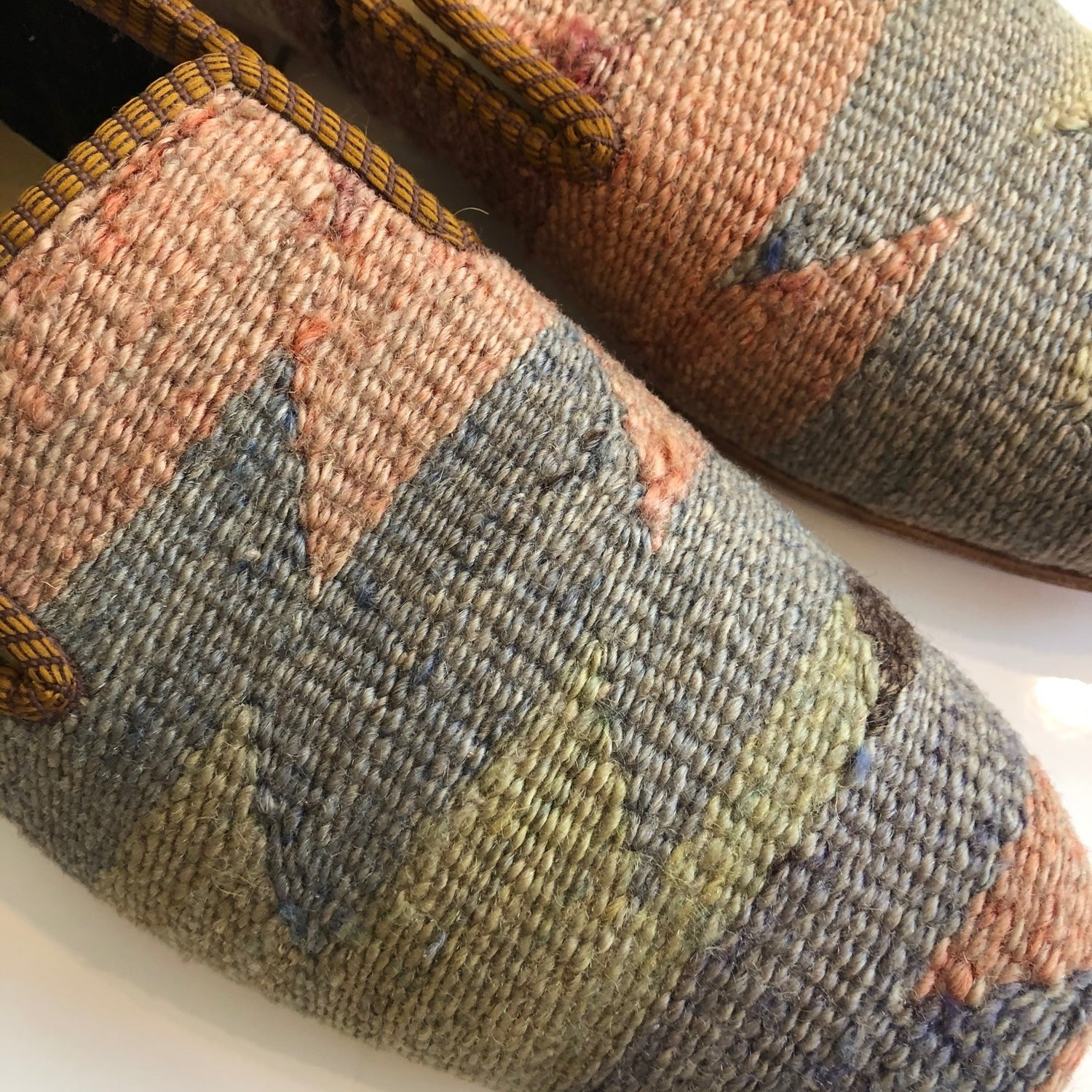 Turkish Kilim Slippers size Euro 45 ( US 12 )