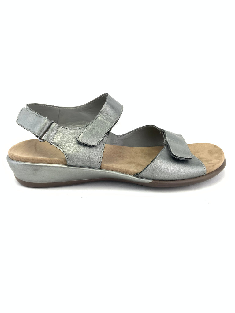 Easy Spirit Sehartwell Sandals Size 8WW