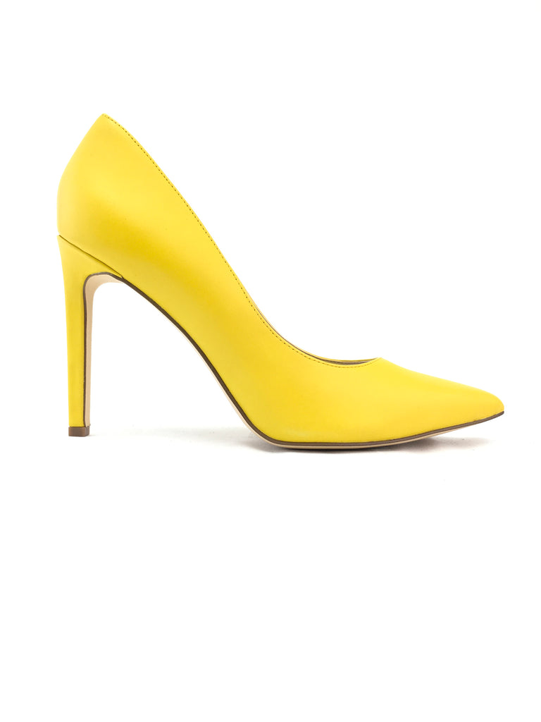 Nine West Pointed Toe Heel Size 8.5