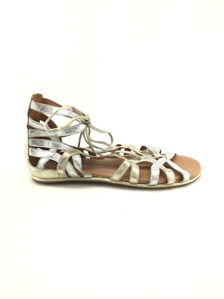 Gentle Souls by Kenneth Cole Caged Sandals Size 7M