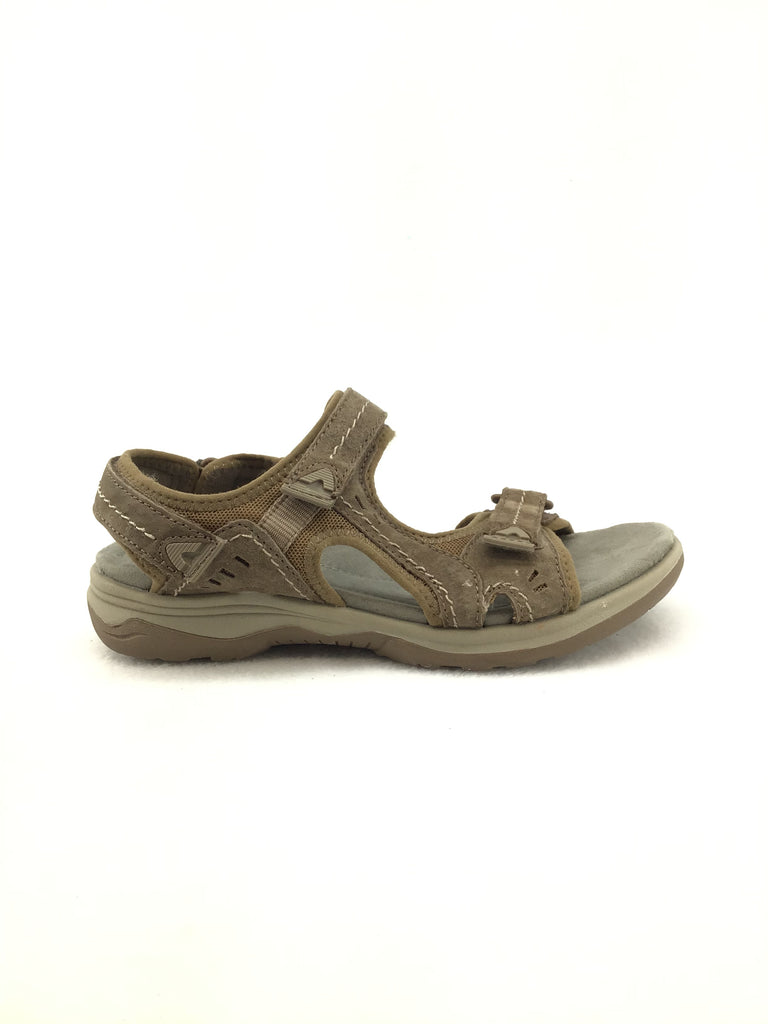 Earth Origins Sandals Size 7.5M