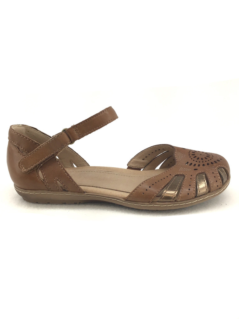 Earth Camellia Sandals Size 7W