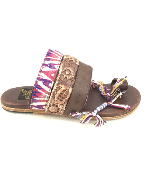 Freebird Lava Sandals Size 6