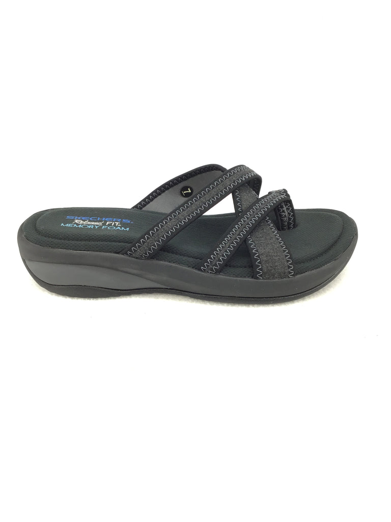 Skechers Relaxed Fit Memory Foam Sandals Size 7