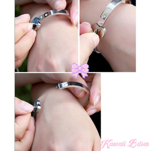 Lockable Heart Bracelet