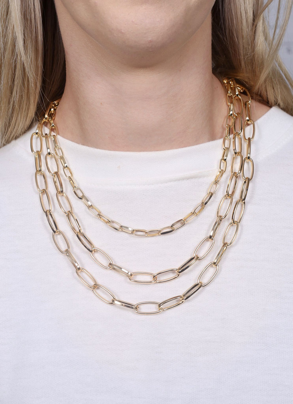 Balfour Gold Metal Link Necklace - Caroline Hill