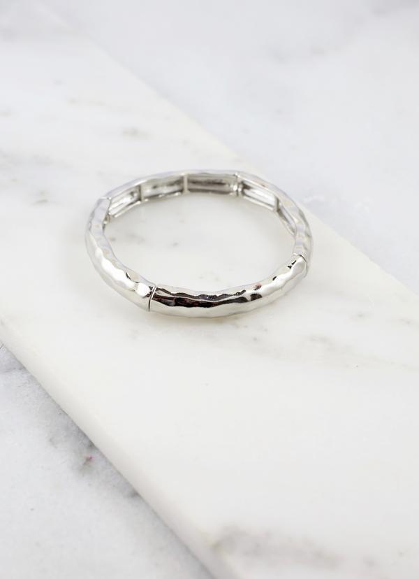 Clark Shiny Silver Hammered Stretch Bracelet - Caroline Hill