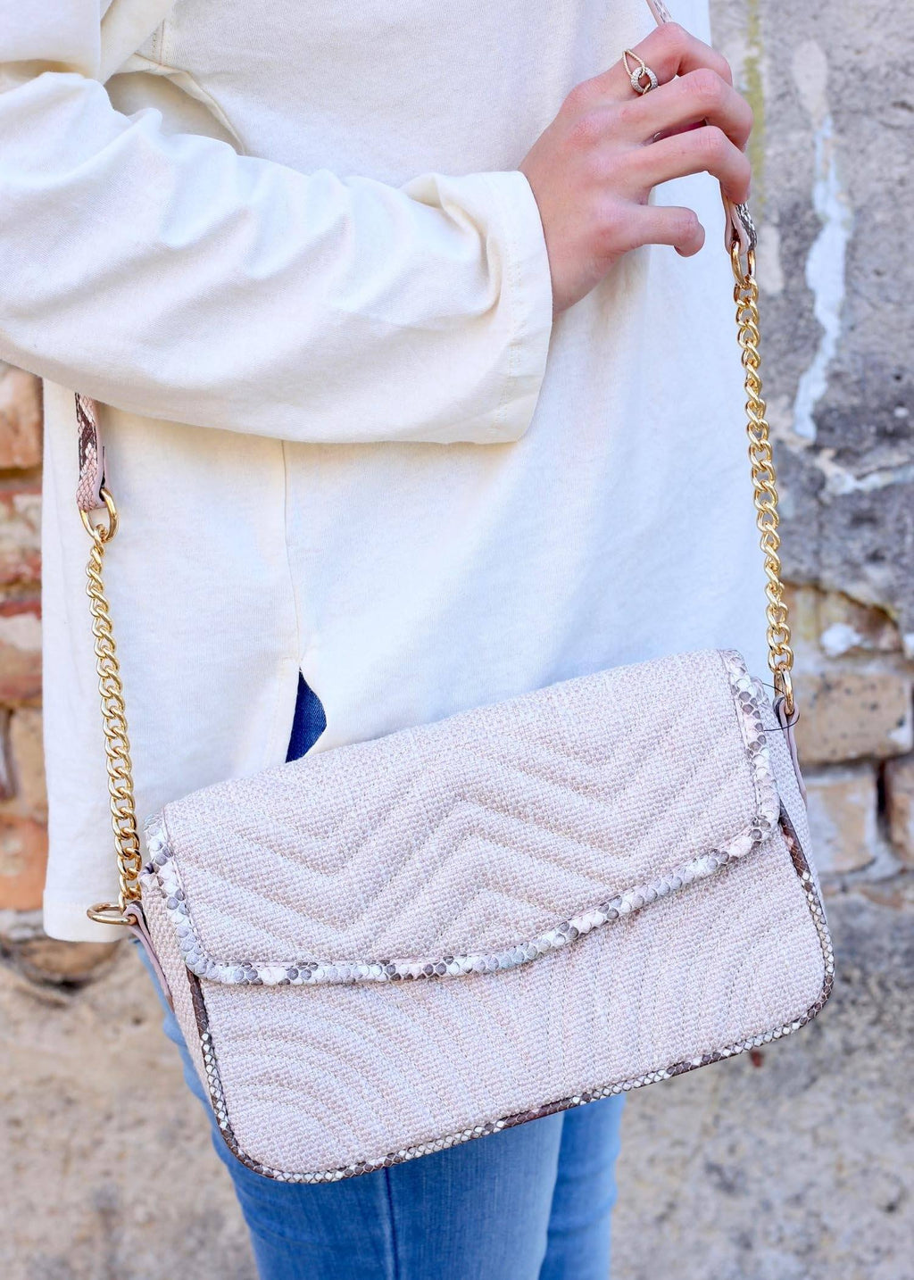 Darcy Tweed Blush Crossbody - Caroline Hill