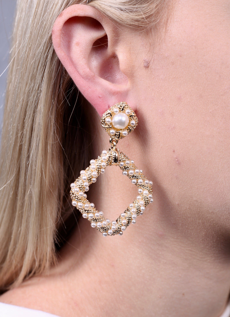 Dawson Textured Pearl Drop Earring - Caroline Hill
