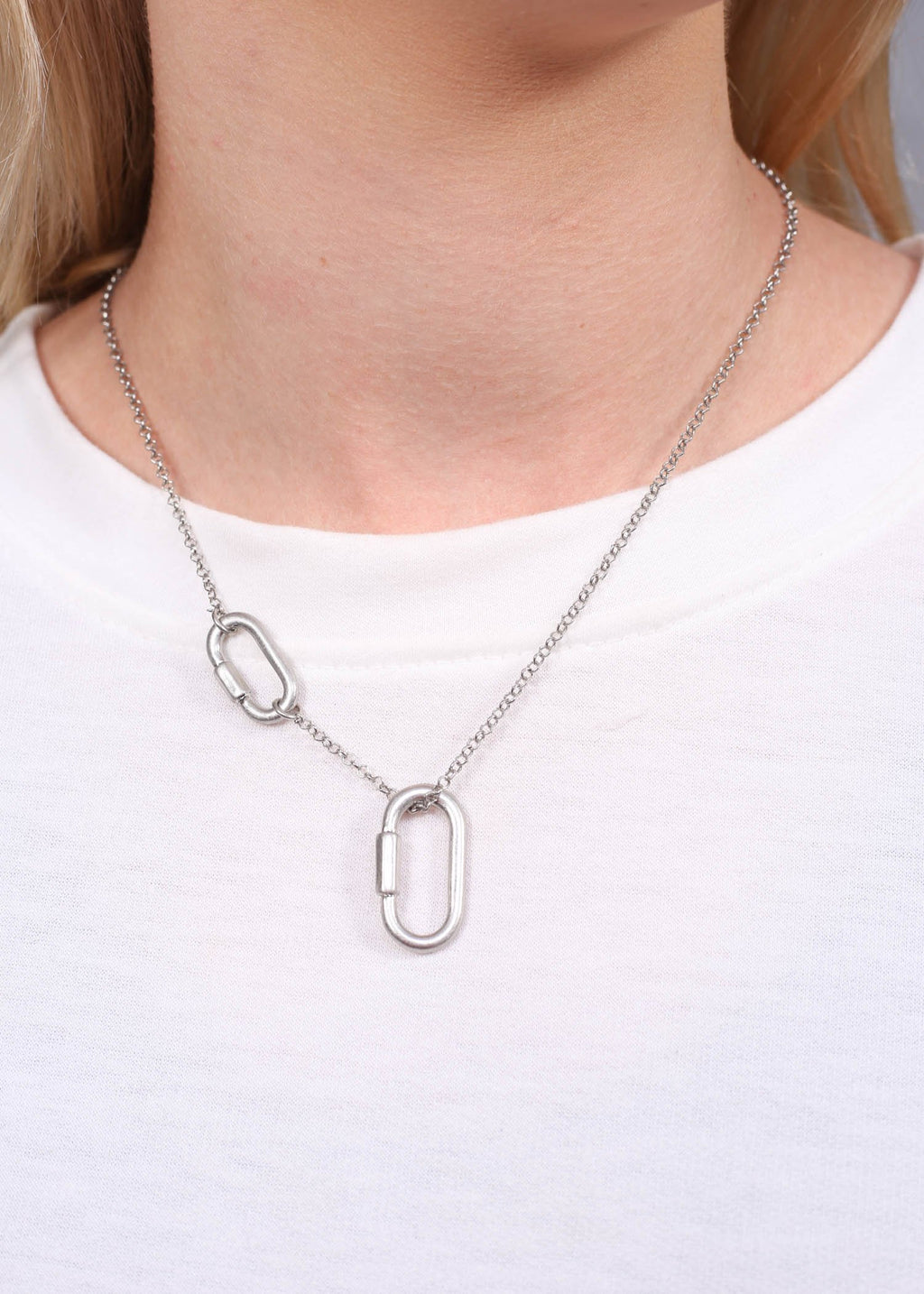 Gunner Necklace With Metal Links Silver - Caroline Hill