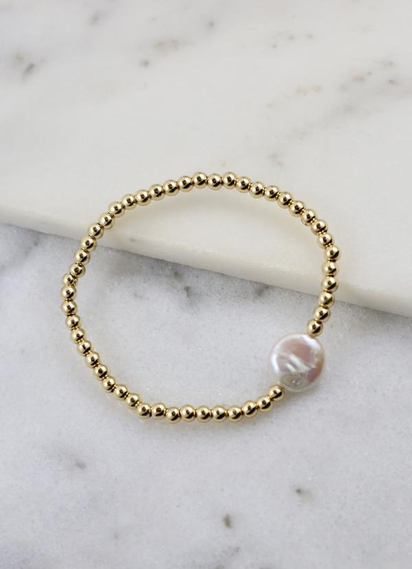 Henderson Stretch Bracelet With Pearl Gold - Caroline Hill