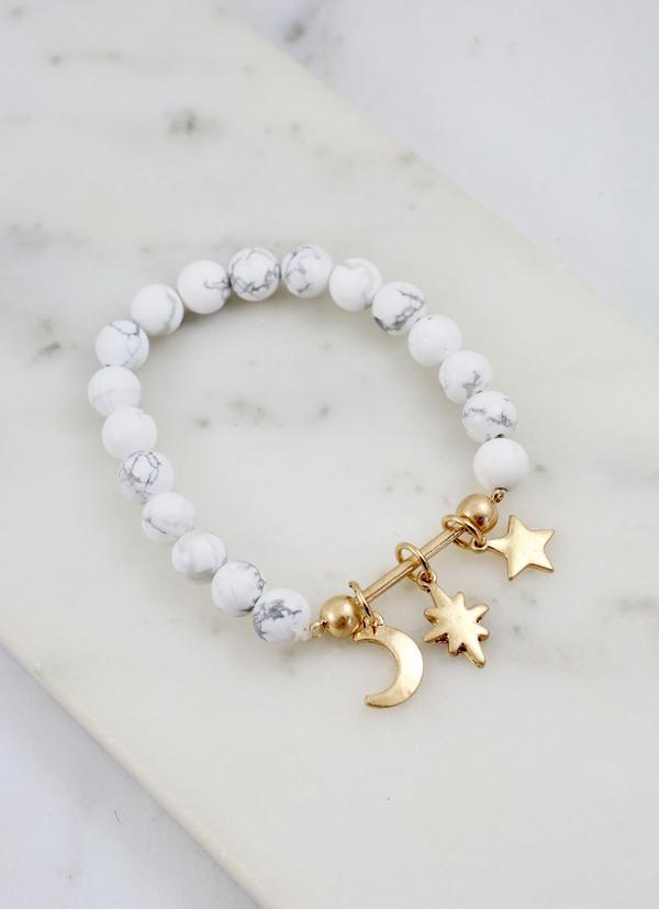 Juni Beaded Bracelet With Bar And Charms White - Caroline Hill