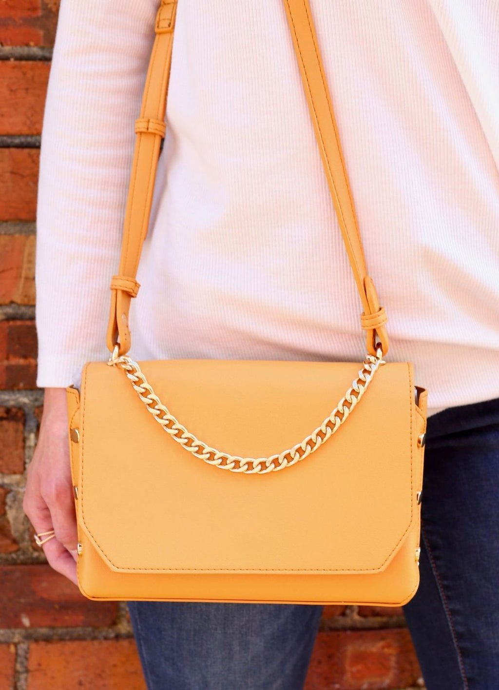 Kathy Crossbody Tan - Caroline Hill