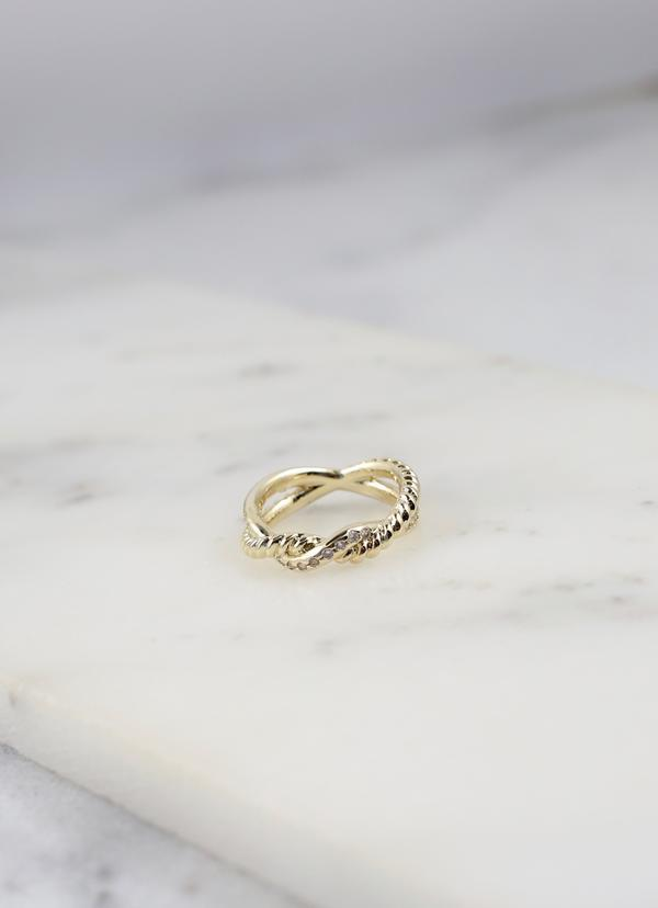 Kortney Twisted Ring Gold - Caroline Hill