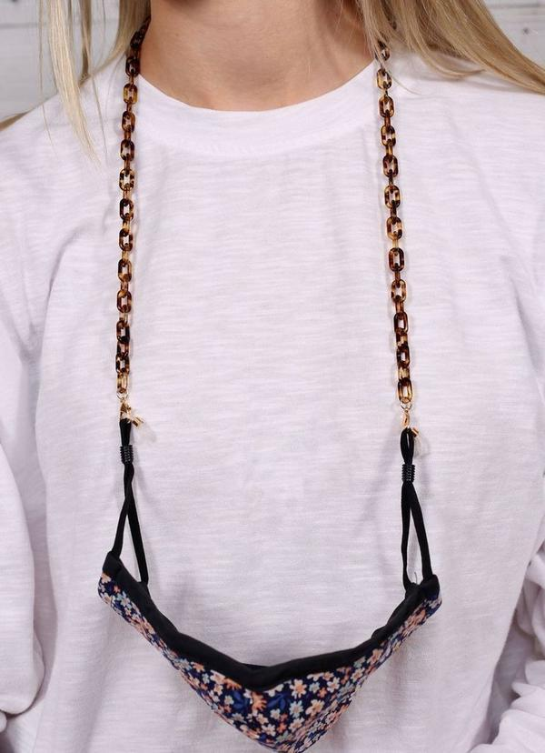 Landon Resin Link Mask Chain Tortoise - Caroline Hill