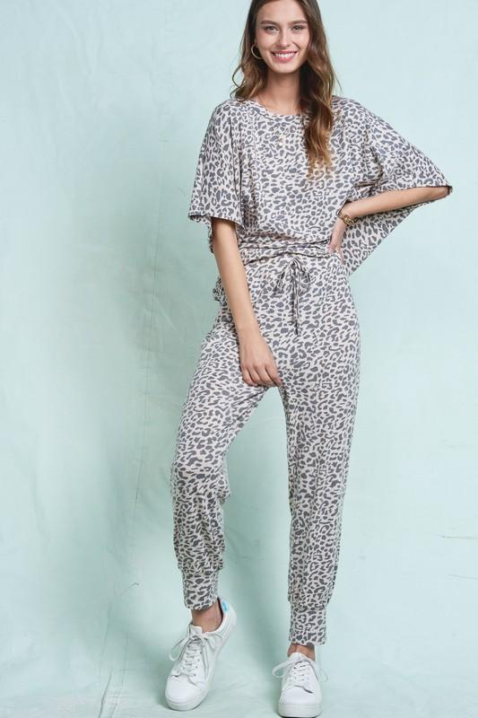 Lazy Day Lounge Wear Leopard Set - Caroline Hill