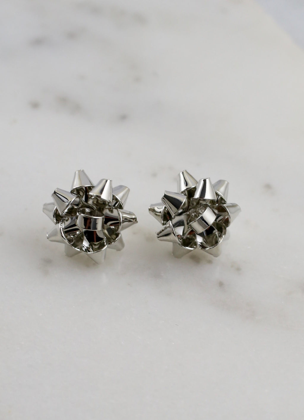 Let's Wrap Bow Stud Earring Silver - Caroline Hill
