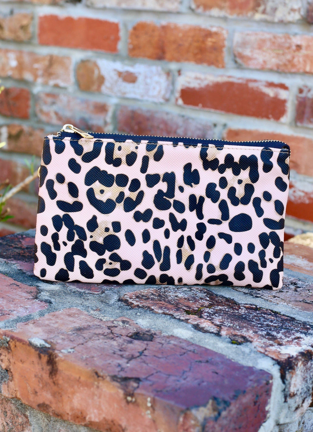 Liz Crossbody Blush Leopard - Caroline Hill