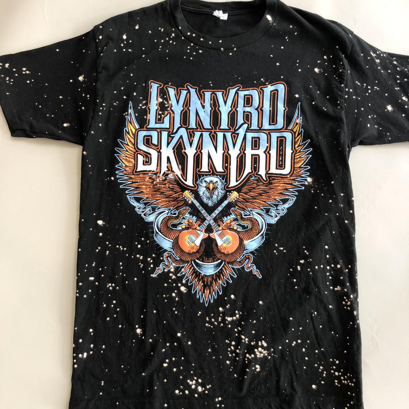 Lynyrd Skynryd Eagle Plays Tee - Caroline Hill