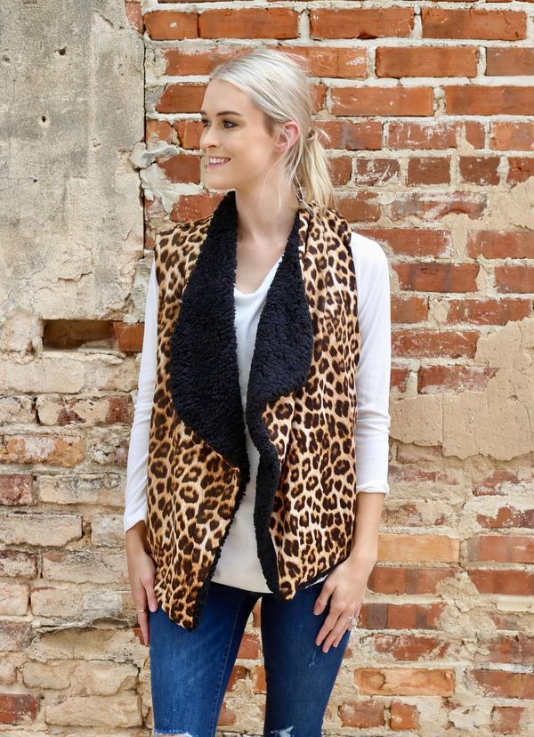 Mandie Leopard Vest With Pockets Brown - Caroline Hill