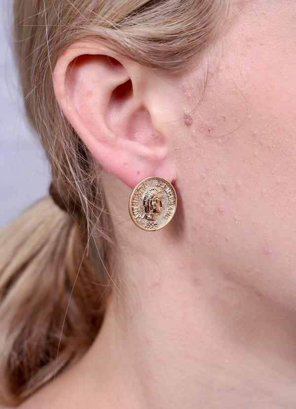 Pattington Coin Stud Earring Gold - Caroline Hill