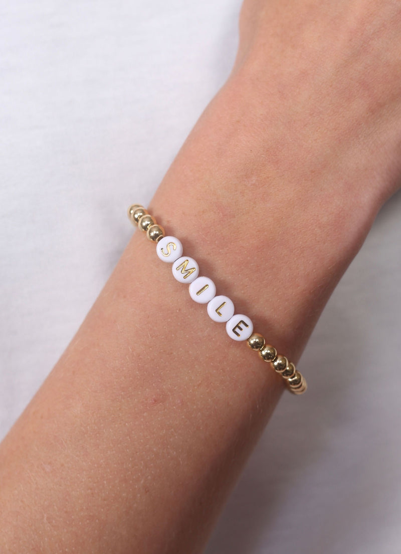 Peyton Smile Beaded Bracelet Gold - Caroline Hill