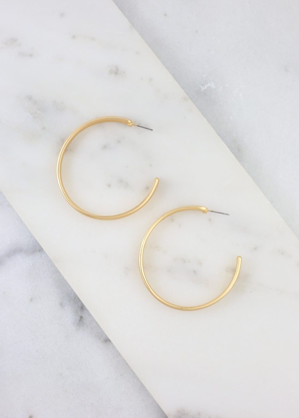 Sluss Flat Metal Post Hoop Gold - Caroline Hill