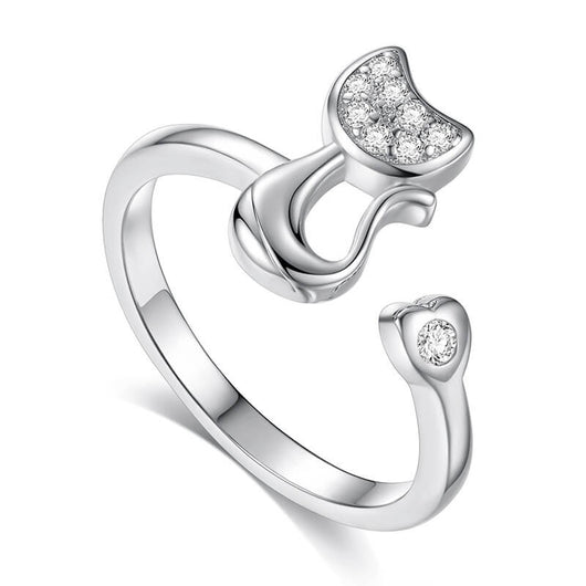 silver cat ring standing on a white background 8822647-silver