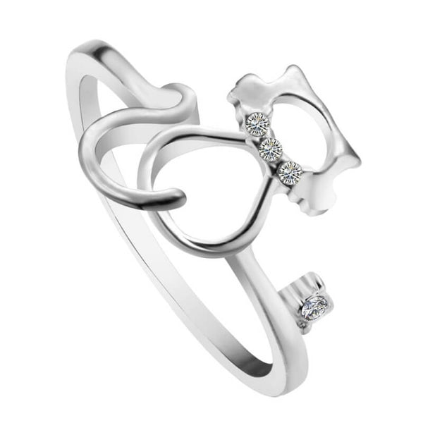 silver cat ring with cubic zirconias on white background kittysensations