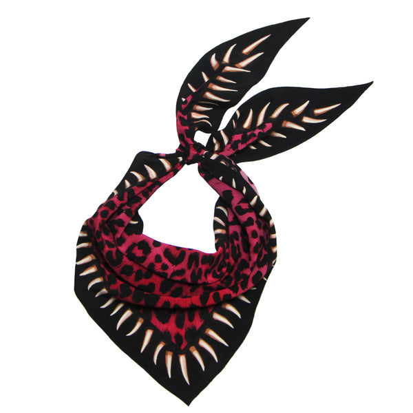 Leopards Teeth Neckerchief Pink